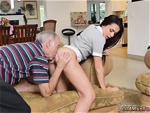 chick in stockings and two damsels moviekup riding the elderly salami!