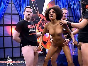 jaw-dropping black Latina Luna Corazon shrieks in elation
