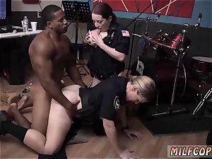cougar black pizza wet flick grips cop smashing a deadbeat daddy.