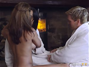 ample boobed three-way with Anissa Kate and Peta Jensen