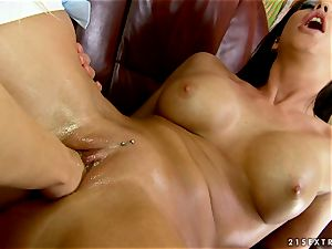 Blazing Cindy hope knuckle nails Larissa Dee's raw crevice