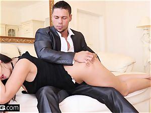 Coco De Mal shoots a load toughest when she gets dped