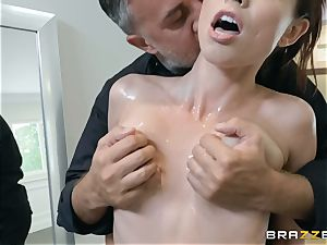 Aidra Fox boned firm in her pussy