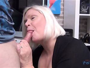 scorching cougar Lacey Starr pecker throating