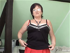 insatiable mature keeps her tights on for tearing up