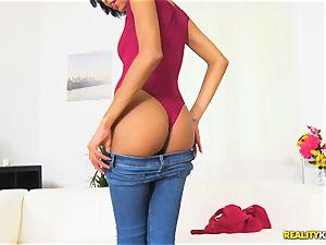 super-sexy latin hottie Luna Corazon smashed deep