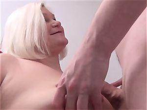Mature beauty Lacey Starr pov oral pleasure