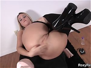 Roxy Raye - buttfuck Assembly for butt-banged and deep handballing
