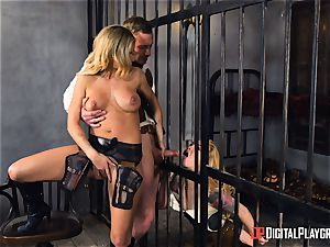 Western honeypot smashing with Jessa Rhodes and Misha Cross