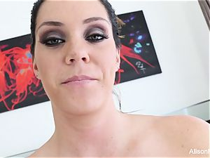 Interview with chesty sweetie Alison Tyler
