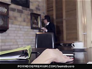 arses BUERO - xxx office hookup with naughty platinum-blonde