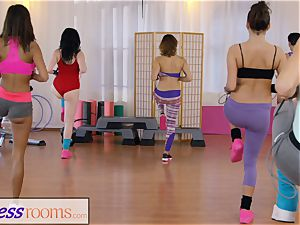 sport rooms gym women have g/g 3some