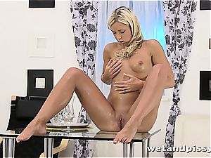 Darling Dido Angel in the shower letting her juices fountain