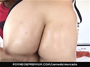 CARNE DEL MERCADO - insane ginger-haired very first drill on camera
