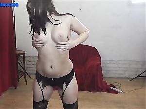 Dance and handjob by raw poon nubile