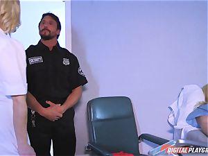 ultra-kinky nurse Ash Hollywood porked stiff by Tommy Gunn