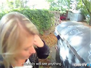 dirty Flix - blondie hotty tricked into outdoor orgy