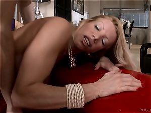 Lara De Santis and Leona Green getting penetrated