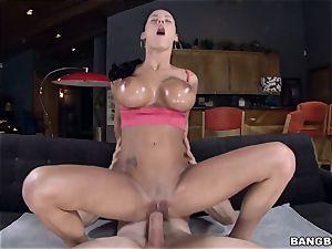 magnificent Peta Jensen gets her cooch stretched
