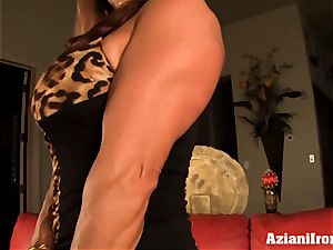 japanese model pumps her puss till its ginormous and hefty