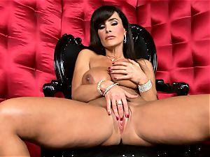 sexy Lisa Ann exposes her humungous jummy udders