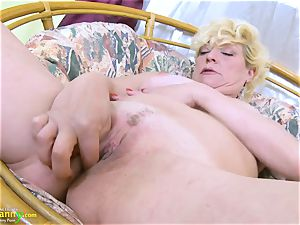 OldNannY towheaded Mature Solo Titplay and fingerblasting